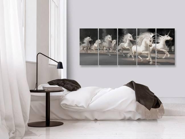 Obraz - Bieg jednorożców (5-częściowy) wąski